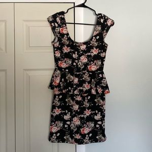 Women's mini peplum dress!